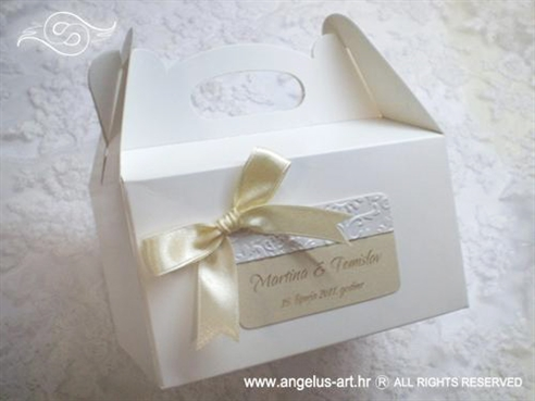 bijela kutija za kolace s krem masnom i 3d reljefnim uzorkom