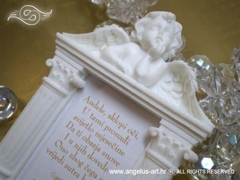 Bijeli okvir s anđelom