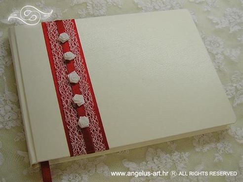 bijelo crvena knjiga dojmova za vjenčanje s ružama