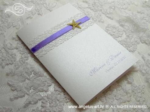 bijelo ljubičasta morska zahvalnica za vjenčanje s lila mrežom i morskom zvijezdom