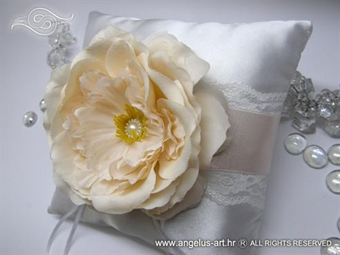 Romantična ruža