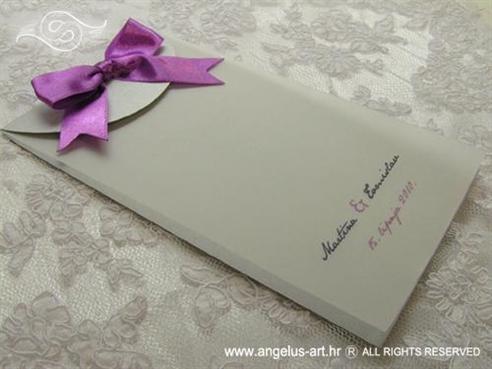 ciklama zahvalnica za vjenčanje sa satenskom mašnom