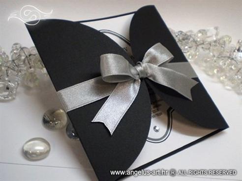 crna pozivnica za vjenčanje sa srebrnom trakom i cirkonom