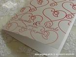 detalj crveno bijele zahvalnice sa srcima