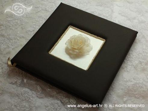 foto album za vjenčanje smeđi s krem ružom