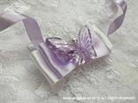 kitica narukvica bijelo lila s lila leptirom