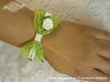 kitica narukvica zelena mreža s ružom