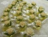 kitice za vjencanje krem zlatne s ruzom i perlicama