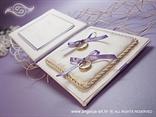 knjiga za prstenje s jastučićem i ljubičastim mašnama