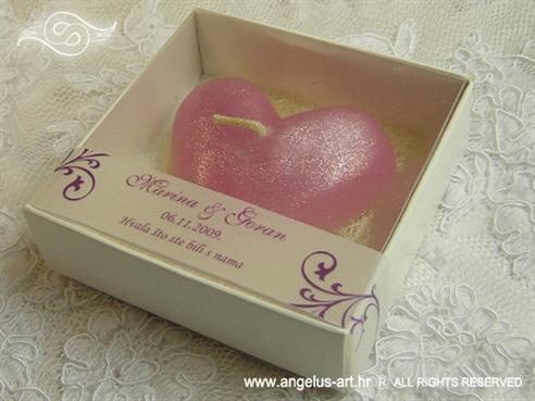 konfet svijeća roza u kutijici za vjenčanje