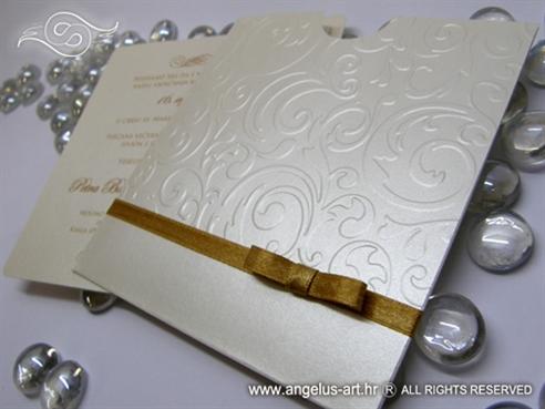 krem etui pozivnica za vjenčanje s mašnom i 3D ornamentima