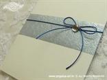 krem plava pozivnica za vjenčanje detalj plave mašnice i cirkona