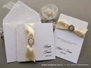 krem pozivnica i zahvalnice za vjencanje sa brosem
