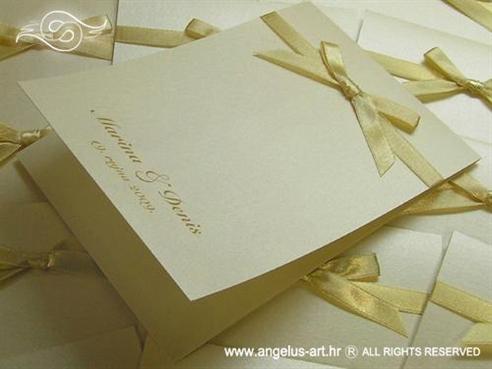 krem zahvalnica za vjenčanje s bež mašnicom i tiskom