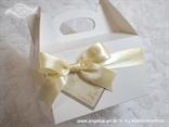 kutija za kolače s dekoracijom