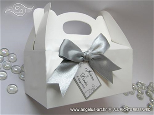 Kutija s mašnom