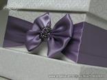 kutija za kuverte dekorirana satenskom ljubicastom masnom