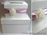 kutija za kuverte sa rozom trakom i cvijetom