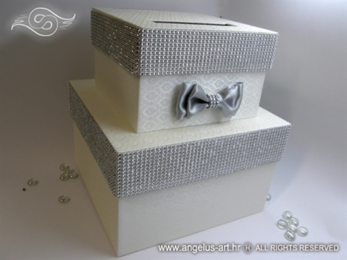 Silver Shine Cake
