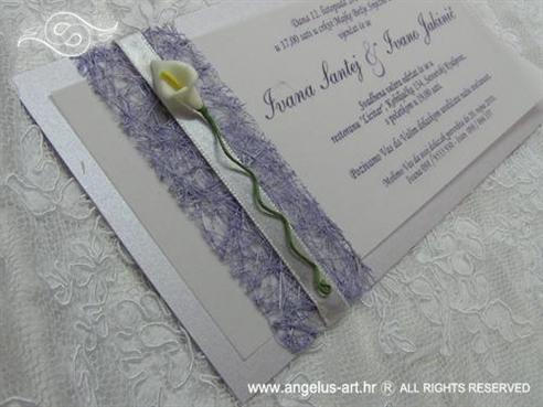 lila pozivnica s kalom i sisalom