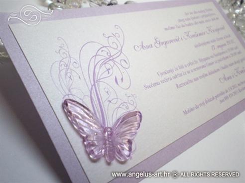 lila pozivnica za vjenčanje s lila leptirom