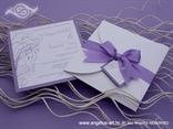 lila pozivnica za vjenčanje u omotnici na rasklapanje