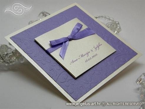 ljubičasta krem pozivnica za vjenčanje s mašnom
