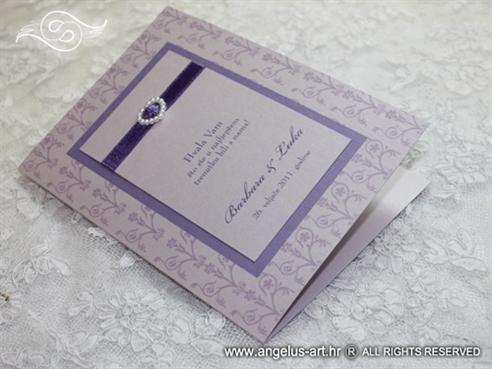 ljubičasta zahvalnica za vjenčanje s bijelim srcem