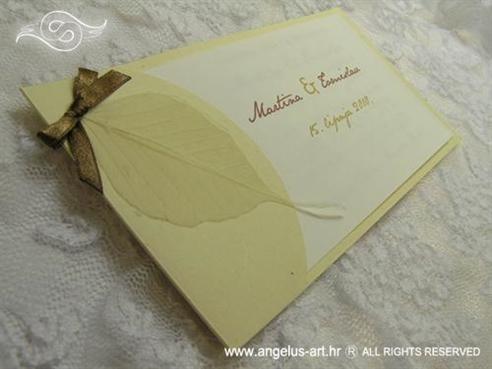 natural krem pozivnica za vjenčanje s listom