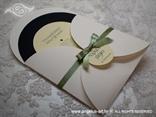 neobična glazbena pozivnica za vjenčanje zelena