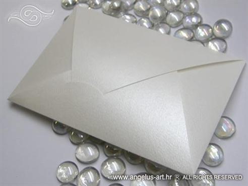 Perlasta kuverta 12x17 cm