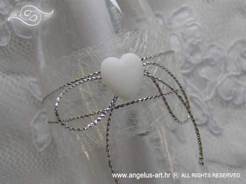 pozivnica u boci s bijelim srcem i mrežom