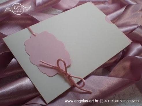 pozivnica za djecji rodendan s malim rozim oblakom
