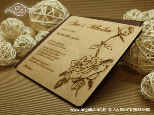 pozivnica za vjenčanje drvena s ružom