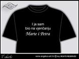 prednja stranica majice s natpisom