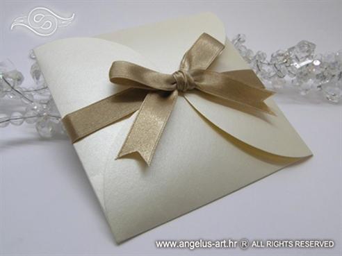 primjer gotove krem zlatne pozivnice 13x13 cm