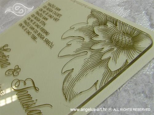 prozirna pozivnica plexi sa zlatnim tiskom i kuvertom