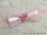 roza narukvica za dame na vjencanju s ruzom