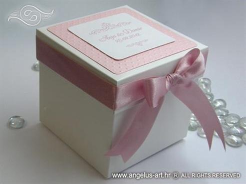 rozo bijela kutija za kolace s 3d reljefnim tiskom