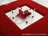 ručno rađeni album za fotografije s crvenim cvijetom i perlicama
