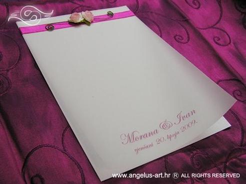 ružičasta ciklama zahvalnica za vjenčanje s rozim ružama
