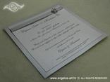 Srebrno bijela pozivnica za vjenčanje