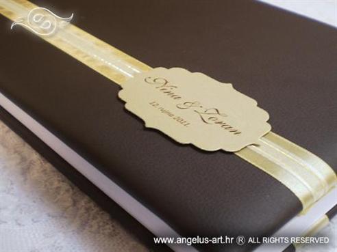 smeđa knjiga gostiju za vjenčanje sa zlatnim detaljima