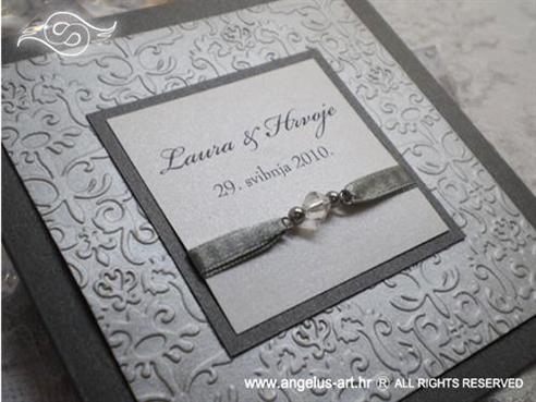 srebrna ekskluzivna pozivnica za vjenčanje s perlicama