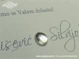 srebrna krem pozivnica detalj cirkona
