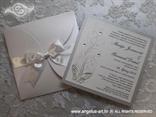srebrna pozivnica s bijelom satenskom trakom leptirom i cirkonima