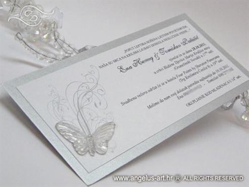 srebrna pozivnica za vjenčanje s leptirom i tiskom