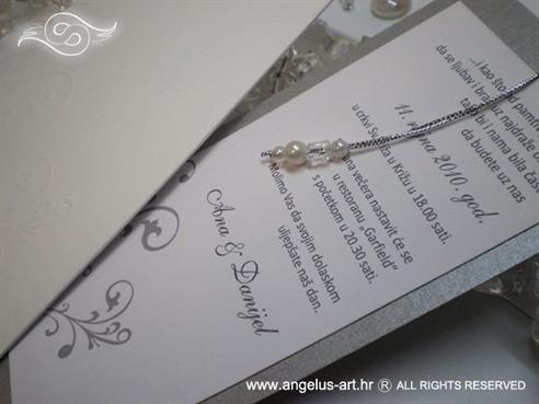 srebrna pozivnica za vjenčanje s perlicama na izvlačenje