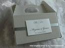 Kutija za kolače - Sivo srebrna s dekoracijom