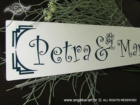 tablica saljiva za vjencanje s imenima mladenaca